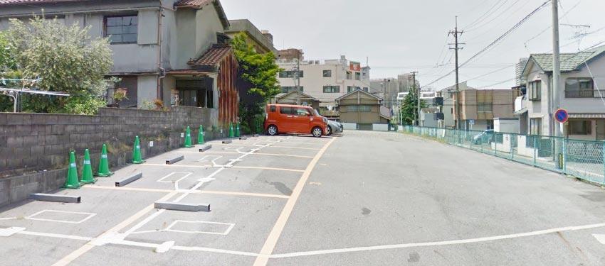 実際の駐車場の写真